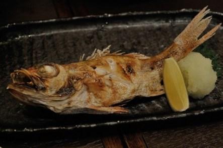 自然 取れる 骨 魚の に