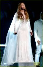 Beyoncé cantando Ave Maria no arrebatamento