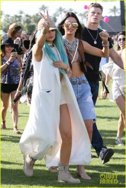 kendall-kylie-jenner-celebrate-siblings-day-at-coachella-04