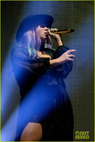kesha-zedd-true-colors-coachella-2016-07