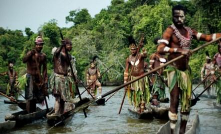 Aborigenas Sepik river
