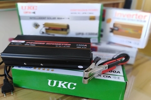 DC TO AC POWER INVERTER & CHARGER 1300 WATTS MODEL UPS-1300A