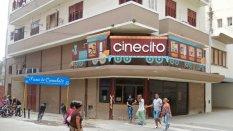 Le Cinécito, spécialisé dans le jeune public, au coin de San Rafael et Consulado