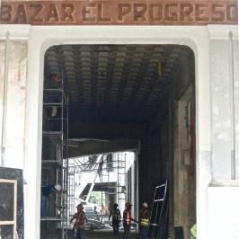 Les travaux dans la Manzana de Gomez mettent à jour les anciennes enseignes, La Havane octobre 2016