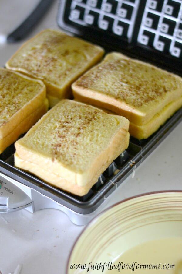 apple-stuffed-french-toast-waffles-5