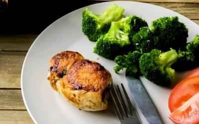 Mushroom Spinach Pepper Jack Stuffed Chicken Recipe