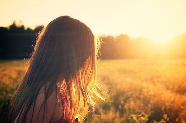 por qué estornudamos cuando miramos al sol