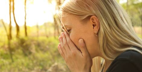 ¿Por qué estornudamos cuando miramos al sol?
