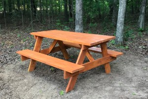 Serenity Hill Picnic Table