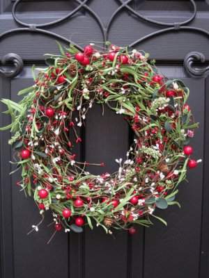 Christmas Wreath - Berry Wreath - Red Front Door Wreath - Front Door Wreath