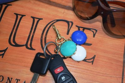 EXCLUSIVE Bubble Keychain - Great Gift- SHIPS NOW- Turquoise, Pure White & Royal Blue
