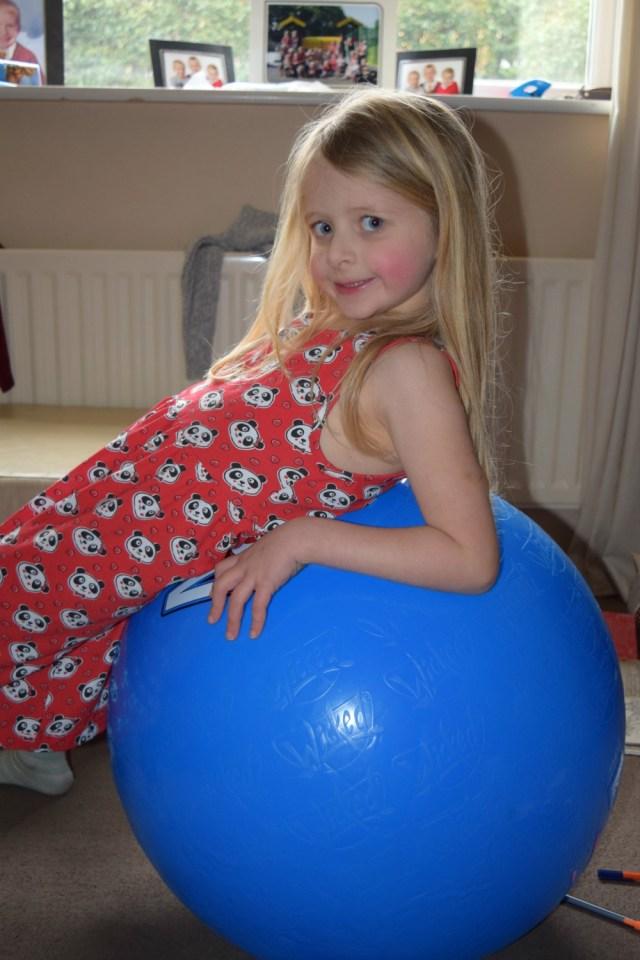 mega bounce ball 4
