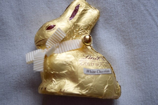 degustabox - lindt rabbit