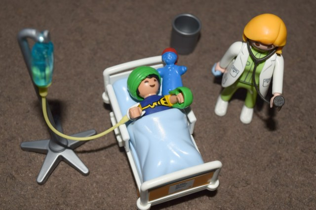 playmobil-hospital-range-12