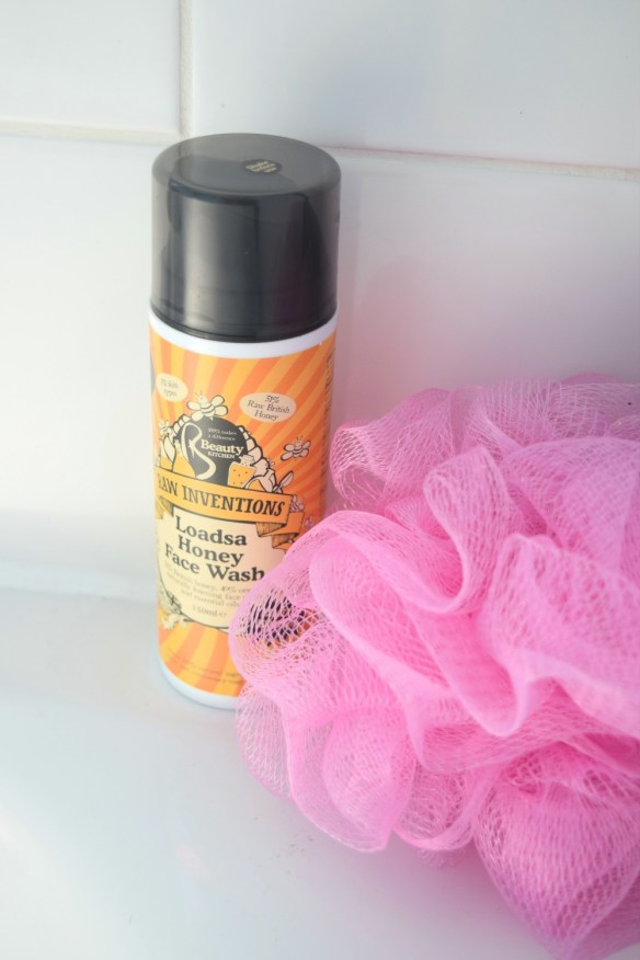 Raw inventions Loads Honey Face Wash