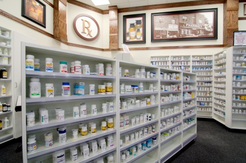 southeastern-products-harris-teeter-pharmacy-fixtures