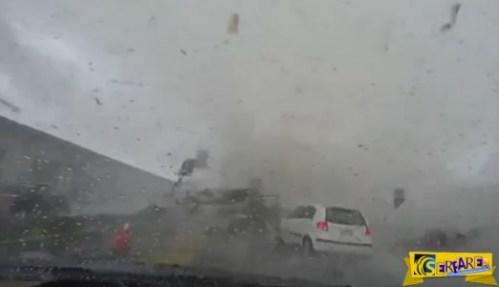 Ο οδηγός και το αυτοκίνητο, εξαφανίστηκαν μέσα στον τυφώνα!
