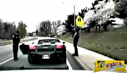 Αστυνομικός σταματάει μια Lamborghini, αλλά μόλις βλέπει ποιος είναι ο οδηγός της δεν πιστεύει στα μάτια του!