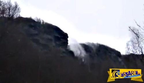 Απίστευτο βίντεο: Καταρράκτης άλλαξε φορά από τον δυνατό άνεμο!
