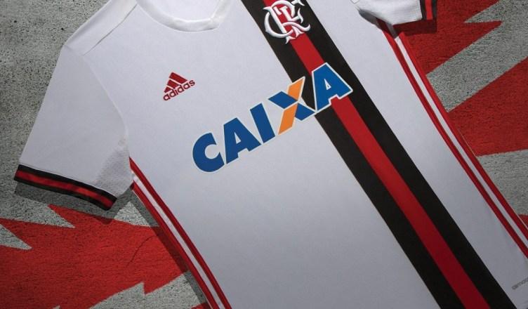 adidas e Flamengo fazem ação para torcida batizar a segunda camisa.   BatizaOManto 11c87b1e9a1f4