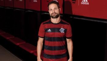 dc3a787d195d2 Novo uniforme I do Flamengo traz novo símbolo do clube. Estreia do Manto é  na