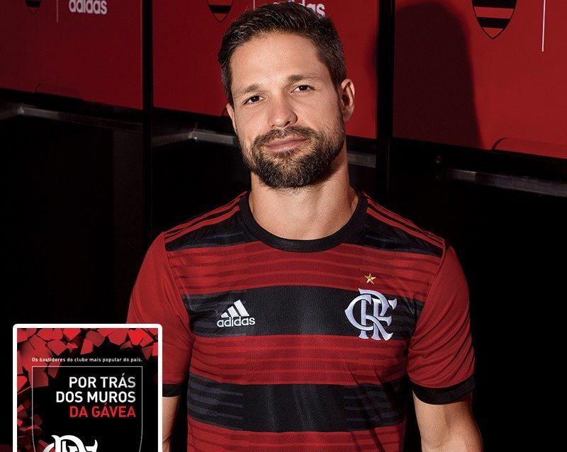 Promoção! Sorteio do novo Manto Sagrado do Flamengo e livro