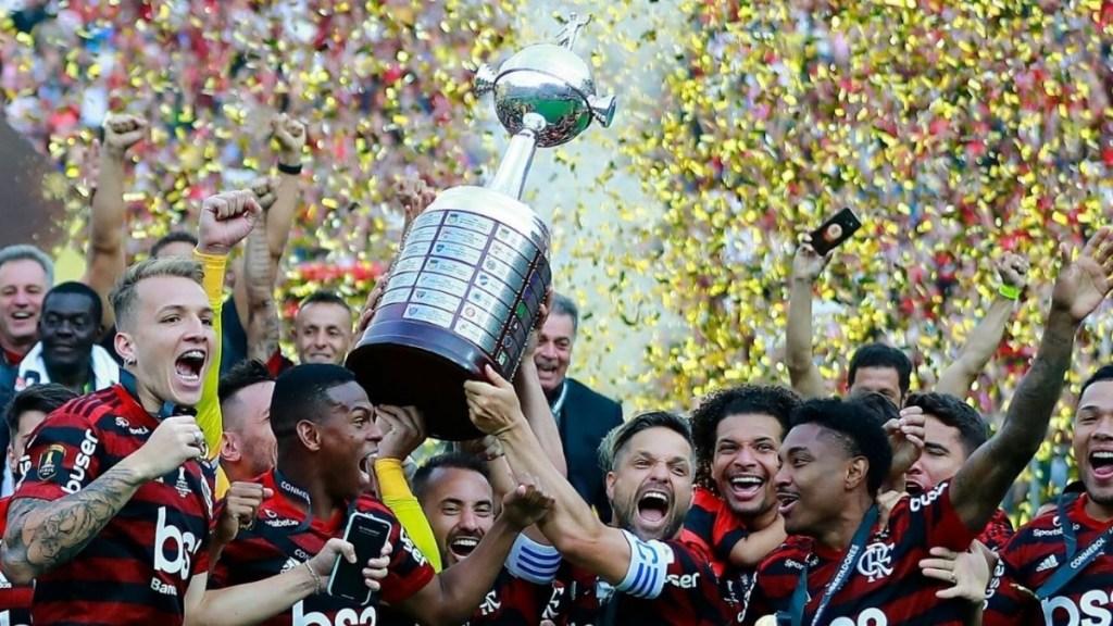 O planejamento de um clube de futebol não exige promessa de títulos