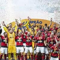 Mesmo com dificuldade, o Flamengo vence como sempre e o Palmeiras chora... Agora com sotaque lusitano