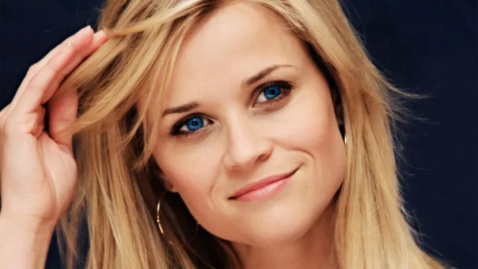 laura reese witherspoon height
