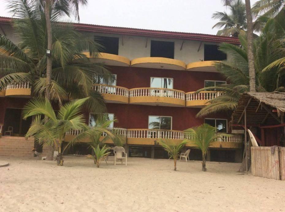 Plage Assinie Côte d'Ivoire Jardin d'Eden Hotel