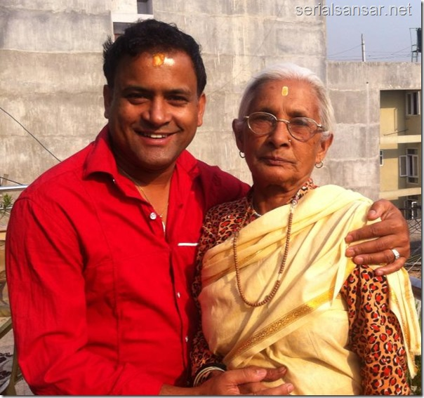 jitu nepal with his mother