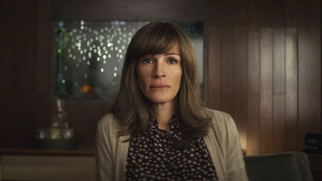 "JULIA ROBERTS IN ARRIVO CON ""HOMECOMING"""