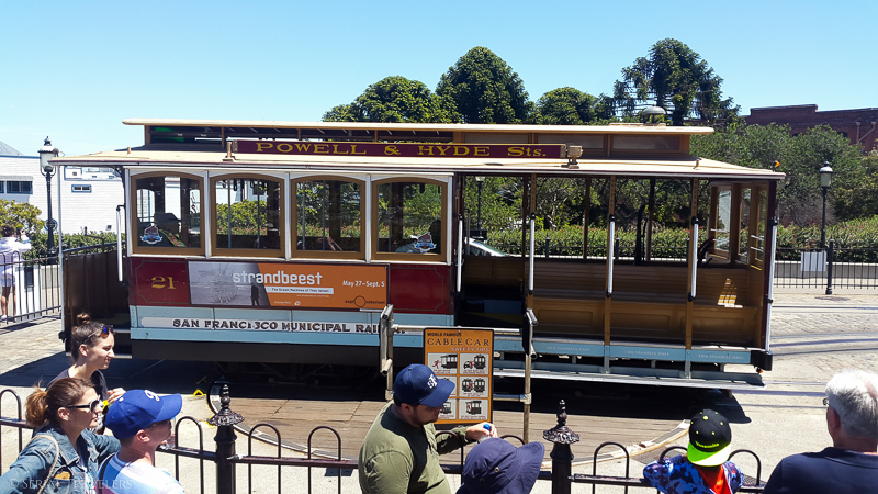 serial-travelers-san-francisco-cable-car-memorial-turnaround