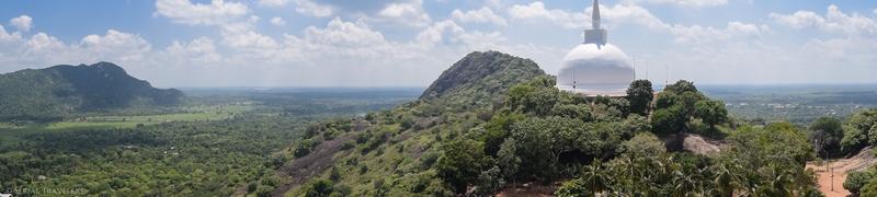 serial-travelers-sri-lanka-minhintale-panorama-roc