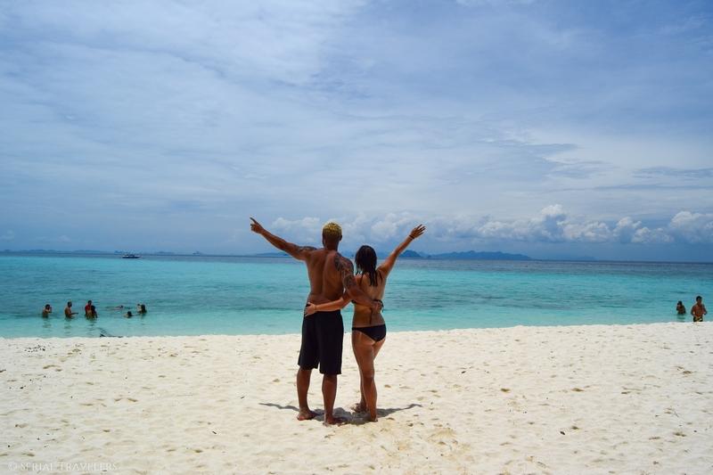serial-travelers-thailand-koh-phi-phi-bamboo-island(2)