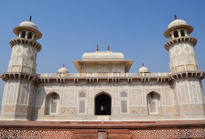 serial-travelers-india-agra-baby-taj