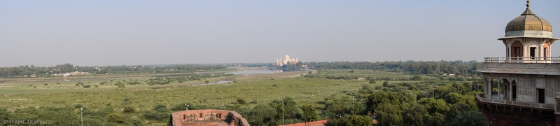 serial-travelers-india-agra-fort-panorama-view-taj-mahal