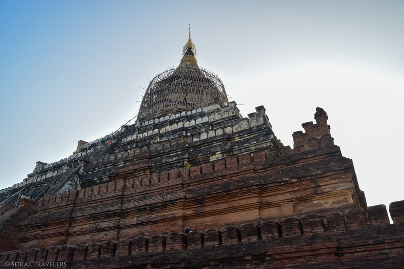 serial-travelers-myanmar-bagan-shwesandaw-sunset-temple