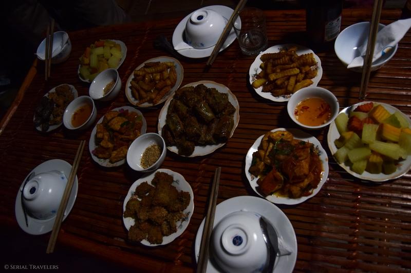 serial-travelers-vietnam-ninh-binh-tam-repas-food