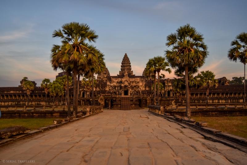 serial-travelers-cambodge-angkor-vat-closure1