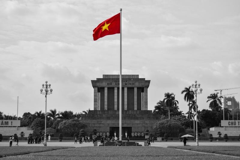 serial-travelers-vietnam-hanoi-ho-chi-minh-mausolee10