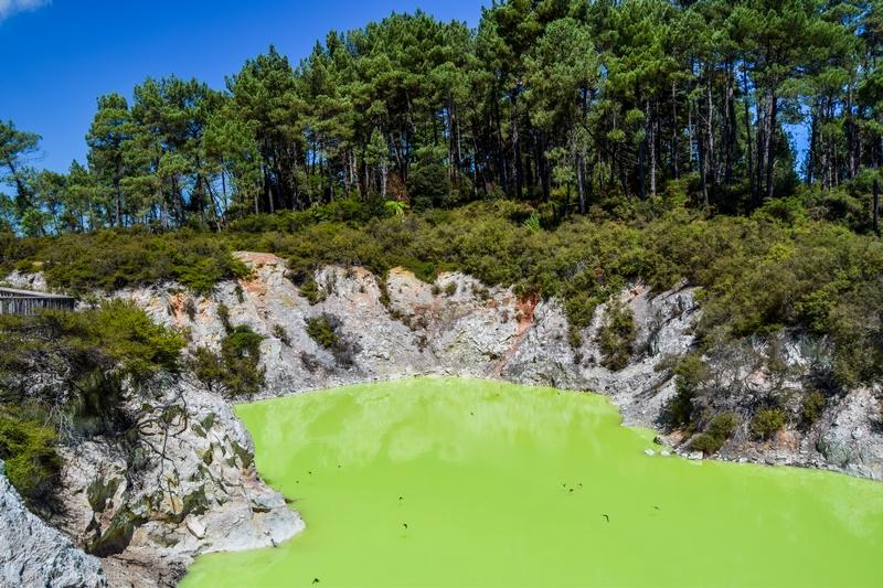 serial-travelers-nouvelle-zelande-wai-o-tapu-devils-bath9