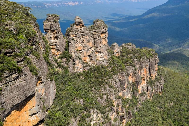 serial-travelers-australie-blue-mountains-np-echo-point-three-sisters5-meehni-wimlah-gunnedoo