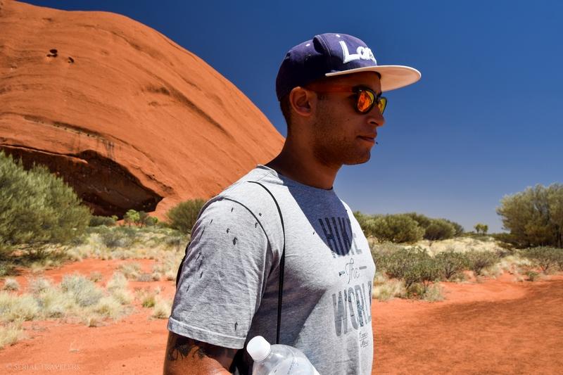 serial-travelers-australie-uluru-base-walk-base-walk4
