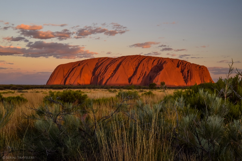 serial-travelers-australie-uluru-scenic-sunset5