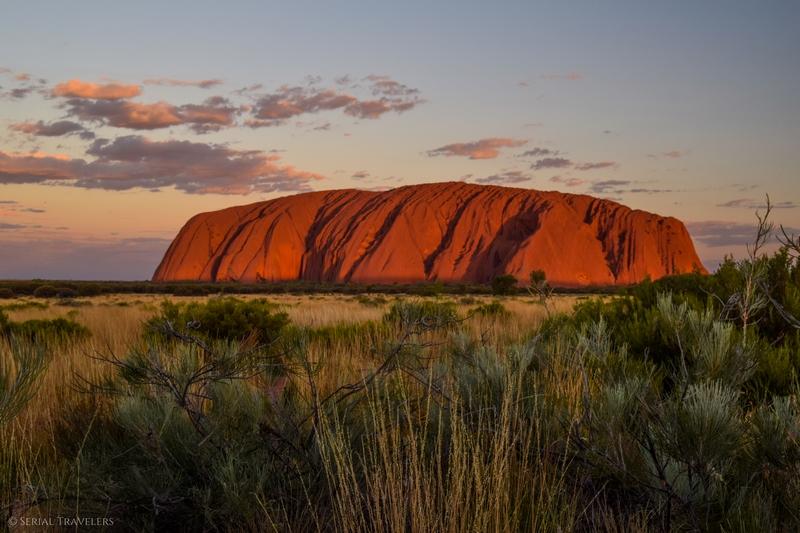 serial-travelers-australie-uluru-scenic-sunset5