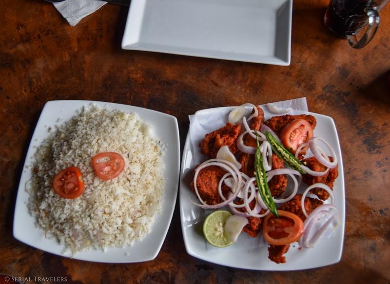 serial-travelers-sri-lanka-nuwara-eliya-fried-chicken-rice-food-sri-lankan-local