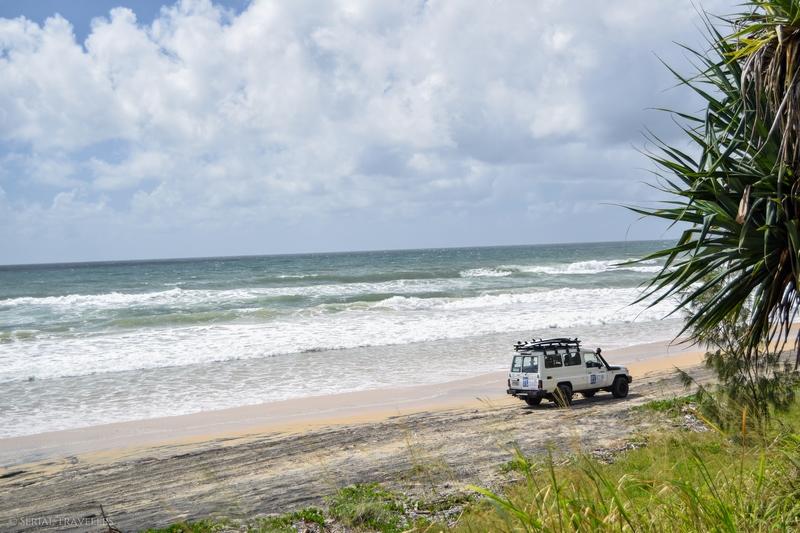 serial-travelers-australie-carlo-sandblow-rainbow-beach7