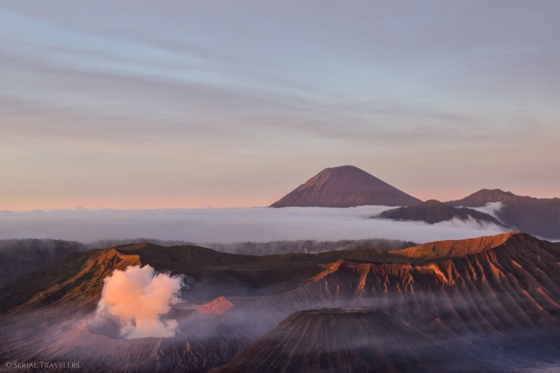 serial-travelers-indonesie-gunung-bromo-lever-soleil