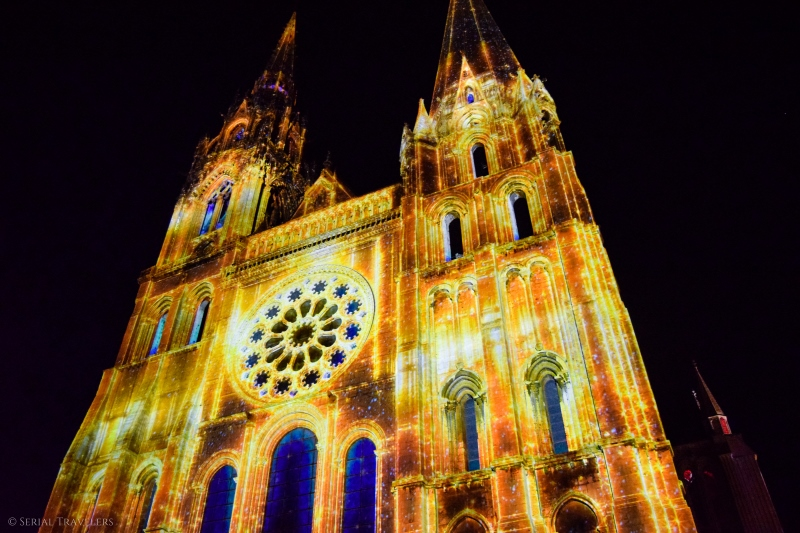 serial-travelers-chartres-en-lumiere7